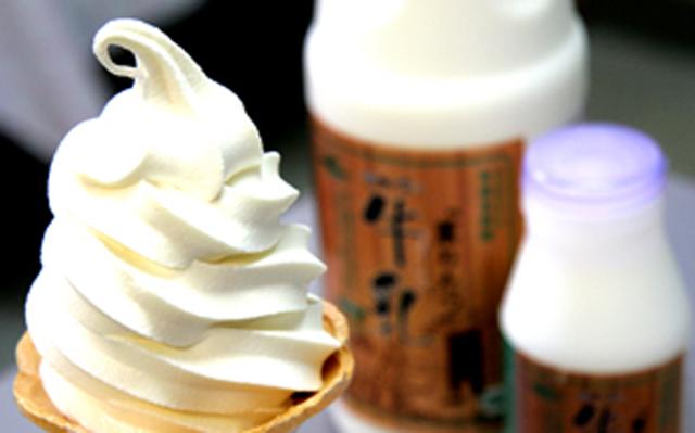 「薫りたつ牛乳」を使ったソフトクリーム