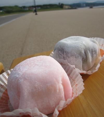 ケーキ+大福=「ケーキ・ド・大福」