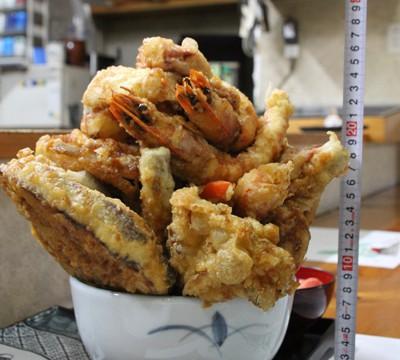 超巨大天丼「魚政」