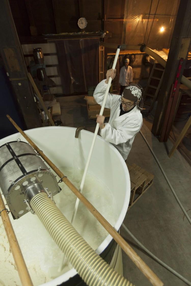 日本酒は米と水と人の手でつくられることを実感
