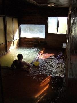 「秘湯」ではなく「湯治の宿」です ~古遠部温泉1