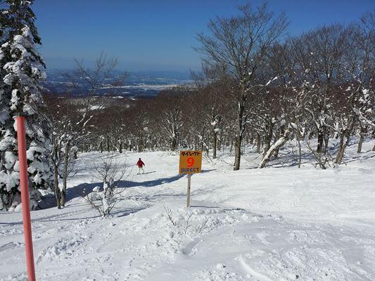 八甲田のスノーモンスターはもうしばらく楽しめます