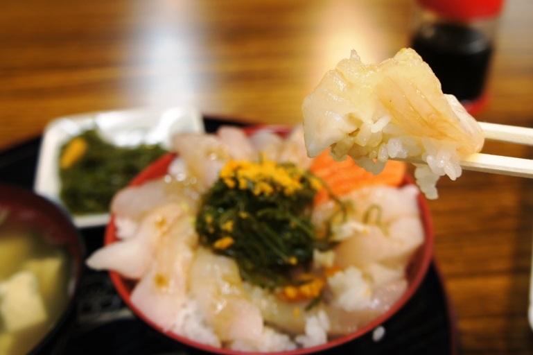 絶品の朝食 in 八戸陸奥湊