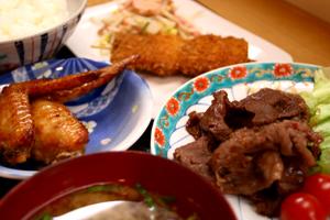 肉のナリタ市場食堂