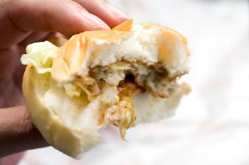 弘前のパンロワールで「ハンバーガー」4