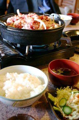 十和田湖和牛を使った十和田バラ焼き「牛楽館」
