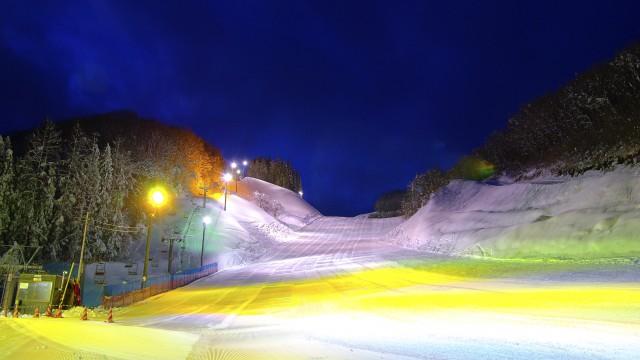 十和田湖温泉スキー場のナイター