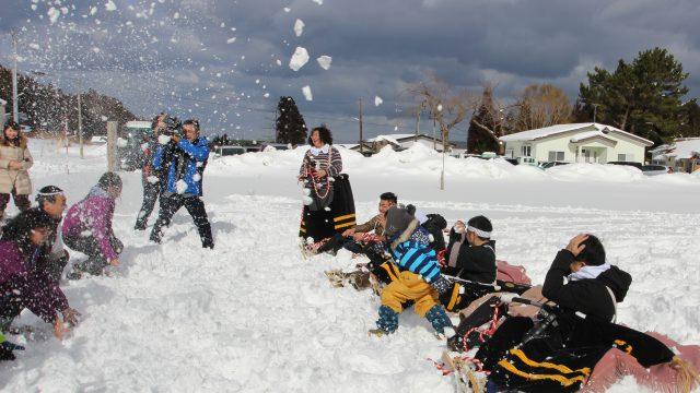 雪合戦で疑似地吹雪