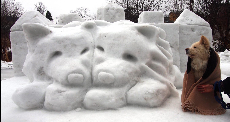 わさおの雪像とわさお