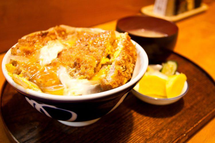 カツ丼_三ツ星食堂