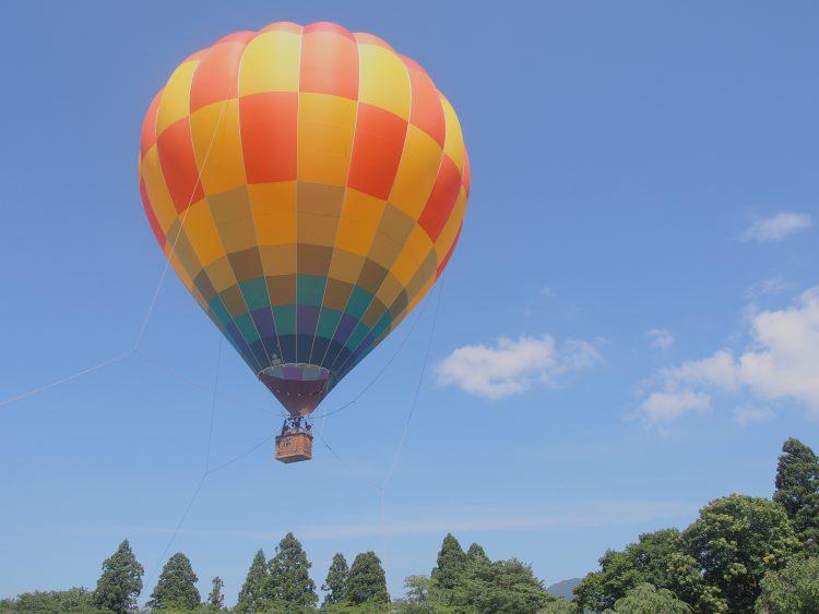 三戸町の気球搭乗イベント