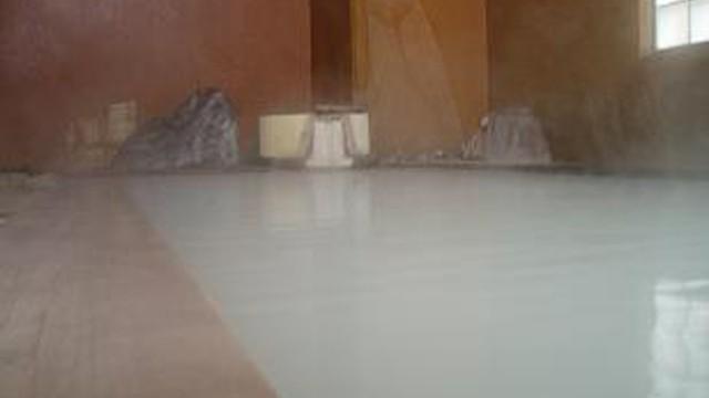 冬の下風呂温泉とサガユウキさん