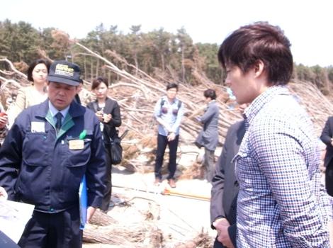 韓国俳優イ・ソジンさん 2つの復興支援植樹に来青!