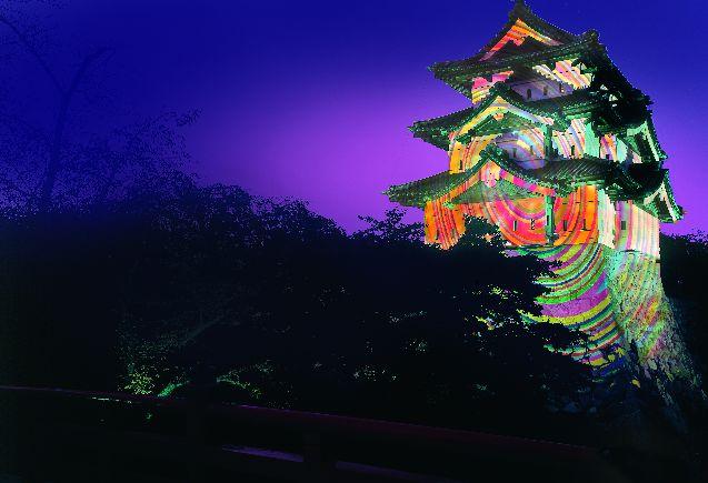 いつもと違う「弘前城菊と紅葉まつり」