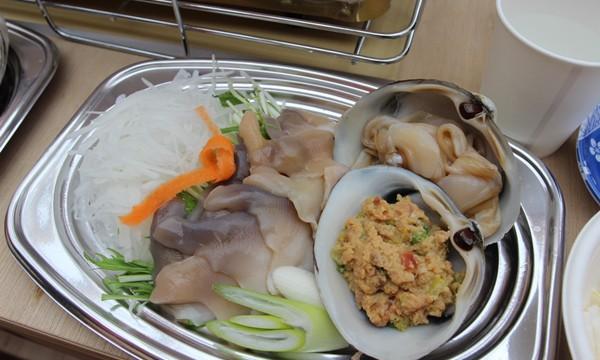 日本初のホッキ小屋でホッキ貝を味わう