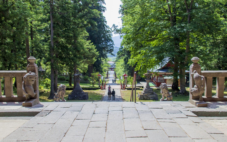 岩木山神社_楼門から振り返る